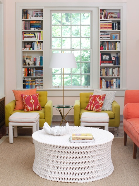 Using Coral Color in Home Décor